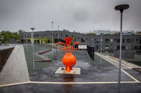 SMITTE: Sommerlyst skole er den siste skolen i Tromsø som påvirkes av koronasmitte. Det informerte skolen om til elevenes foresatte torsdag.
