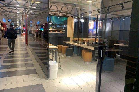 ÅPNET FOR ALLE: Nå trenger du ikke gullkort for å slippe inn her.. SAS har nemlig sagt opp leieforholdet med Tromsø lufthavn.