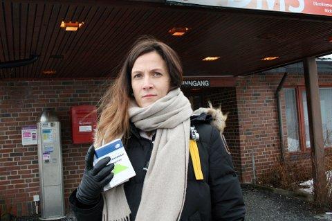 BEKYMRET: Kommuneoverlege Elisabeth Skogheim forventer at utbruddet øker i omfang. Bildet er tatt ved en tidligere anledning.