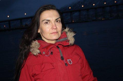 ADVARER: Dekksarbeider Maria Mattilahar selv opplevd en nesten-utblåsning på en av boreriggere hun jobbet på. - Dette viser at selv Norge kan rammes av alvorlige ulykker.