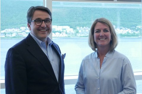VIKTIG: Tomas Carlsson og Grete Aspelund mener Tromsø er et viktig marked for gigantkonsernet.