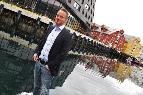 ADVARER: Geir Ove Ystmark, direktør i Sjømat Norge, advarer mot en ny skatt for havbruksnæringa.