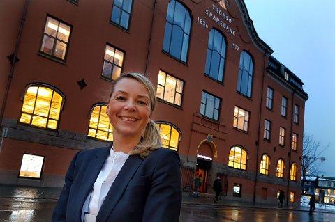 Wenche Odden Kvamme er avdelingsleder og eiendomsmegler for Eiendomsmegler 1 i Tromsø. Hun merker økt etterspørsel på leiligheter i juli, spesielt fra studenter.