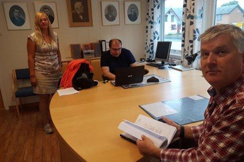 Ola Giæver på hovedkontoret på Lyngseidet.