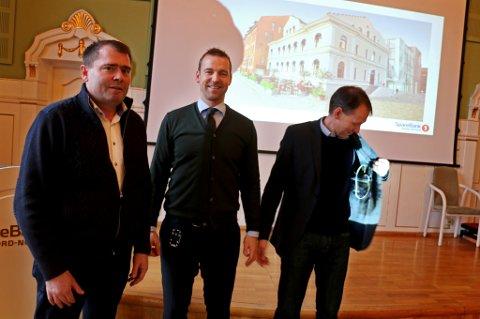 AND THE WINNER IS....John Oskar Nyvoll (Econor), Petter Høiseth (sparebank1 Nord-Norge) og Bjørn Kristiansen (Sparebank1 Nord-Norge) i sparebankens festsal.