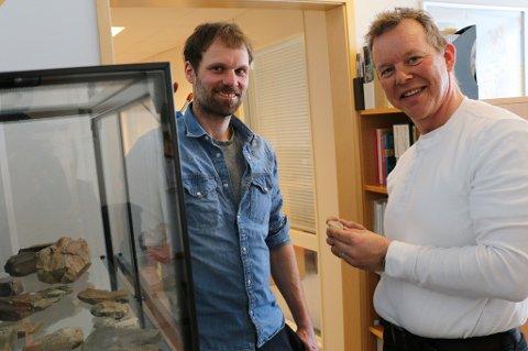 OLJEDETEKTIVER: Geofysiker Ketil Brauti og geolog Tommy Samuelsberg i Bow Geo.