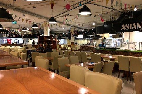 TOMME BORD: Mathallen Savour Food Court gikk med underskudd i sine to første år. Nå er selskapet konkurs. Arkivfoto.