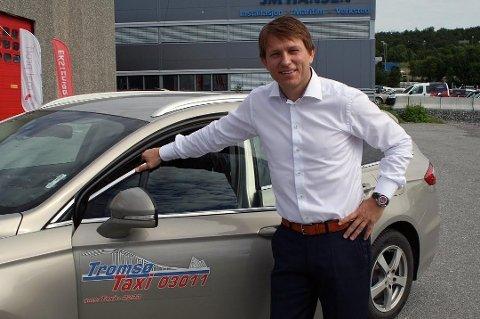GODE TALL: Steinar Nilsen er daglig leder i Tromsø taxi AS, og kan for andre år på rad presentere gode tall for styret. Foto: Sigrid Dahl
