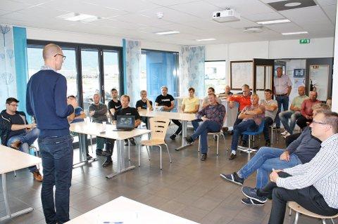 ALLMØTE: De ansatte blir informert på et allmøte i FrioNordica. Dagens iere blir med videre i konsernet.