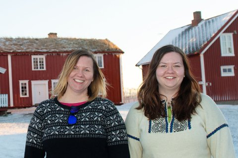 VERTINNER: Søstrene Sissel Katrine Hole (t.v.) og Wenche Jarlesdottir Hole prøver å holde humøret oppe i en vanskelig situasjon.