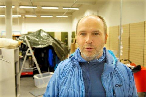 REKORD: Stein Otto Ingebrigtsen kan smile når han er ferdig med ferien og får lese regnskapet for 2020. Dette er derimot et arkivbilde fra da han noe motvillig måtte bytte lokaler.
