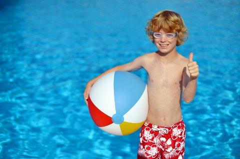 Regjeringen melder om håp for sommerferie i utlandet for de som ønsker det til sommeren.