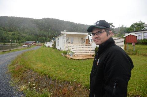 SPIKERTELTMEKKA: Mats Idar Aasvold er eier a Vegset Camping like ved Snåsavatnet og E6.