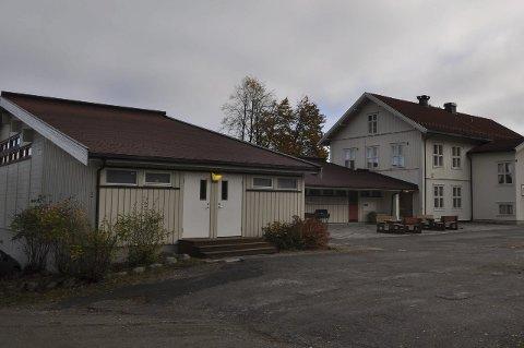 Biristrand skole, en grunnpilar i bygda.