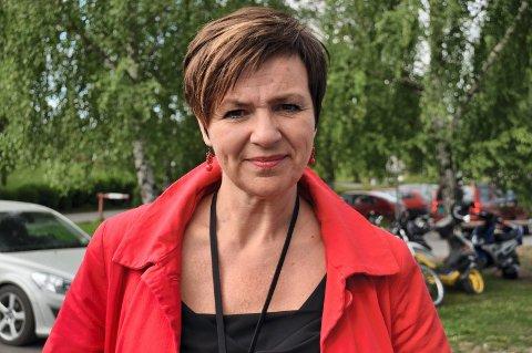 KREVER FOLKEAVSTEMNING: Sp-representanten Anne Tingelstad Wøien reagerer på at både Ap og Høyre i Oppland fylkesting går imot å få folkets råd om en eventuell sammenslåing av Oppland og Hedmark.Arkivbilde