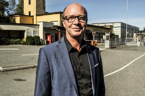 Ketil Kjenseth er fornøyd med å ha fått inn i budsjettforliket en forplikjtelse for regjeringen til å utrede hva som må til for å få til timesavganger på Gjøvikbanen.