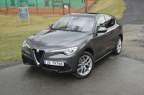KAN DEN VINNE? Alfa Romeos første SUV Stelvio kan gjøre det sterkt i konkurransen.FOTO: ØYVIN SØRAA