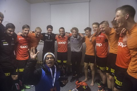 Reporteren Trond Gausemel er blitt svært ettertraktet i hele fotballmiljøet i Hordaland. Foto: Privat