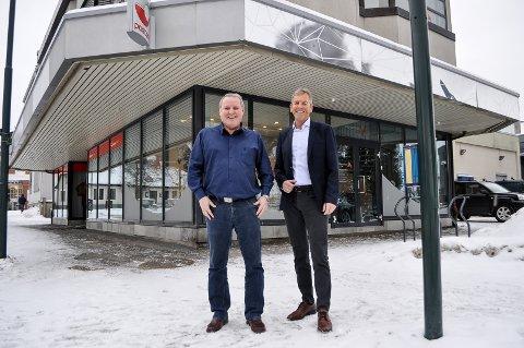 SPEKULERER I BANK: Henning Gjestrumbakken og Hans Reidar Opsahl i AlphaSpar har hatt suksess med kjøp av egenkapitalbevis i utvalgte sparebanker.