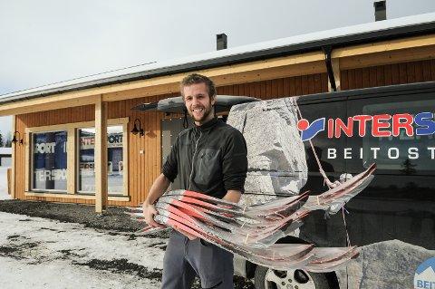 Kai Arne Kvale er klar for å åpne Valdres sin niende sportsforretning, Intersport Vaset. Foto: Ingvar Skattebu