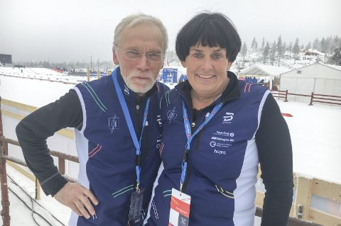 Funksjonærer i særklasse: Edvin Straume og Hanne Kvåle er nærmest uunnværlige med tanke på den jobben arrangøren har gjort for å skape NM-fest på Lygna. Foto: Tommy Gullord