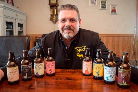 - Så langt har jeg brygget åtte ølsorter, og det skal bli flere, sier Douwe Renze Smids, mannen bak Land Mikrobryggeri i Odnes.