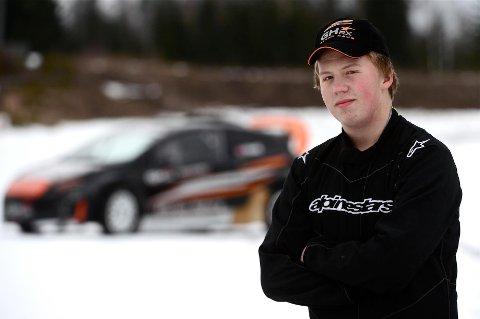 VM-SATSING: Bjørn Remi Bunes kjører NM-rundene i år, men neste år er det VM i rallycross som er målet. Foto: Lasse Olsrud Evensen