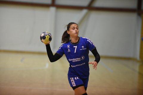 Martina Corkovic viste at hun kan bli en sentral spiller på årets Gjøvik HK-lag i 1. divisjon. Foto: Henning Gulbrandsen