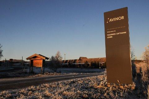 SKAL SELGES: Ifølge Dagens Næringsliv er det registrert  fire-fem interessenter som kan tenke seg å kjøpe flyplassen i Valdres.
