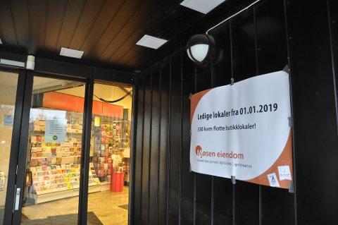 LEDIG: Mjøsen Eiendom reklamerer med ledige lokaler fra nyttår.