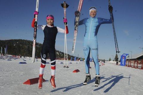 Jublende glade: Thea Minyan Bjørseth og Sebastoan Østbold var jublende glade etter hvert sitt gul i Hovedlandrennet i kombinert. Foto: Tommy Gullord