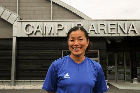 Emi Uchibayashi slutter i Gjøvik HK og blir trener i Storhamar.