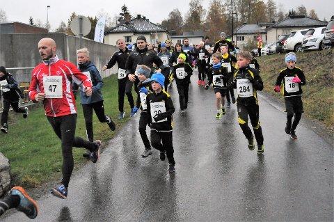 Nærmere 300 deltok i Allemed-løpet på Raufoss tirsdag ettermiddag.