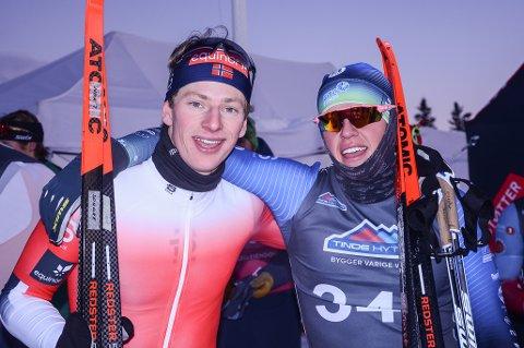 Ansgar Evensen (t.v.) og Kristoffer Alm Karsrud sørget for lokal jubel i Gålåsprinten. Ansgar vant juniorklassen med Kristoffer på tredjeplass.