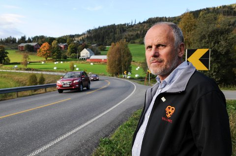 BETINGET SUKSESS: Eivind Brenna har registrert fem-seks som har slått til på kommunens tilbud om gratis byggetomt.