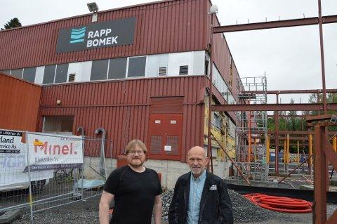 MULIG VIDERE DRIFT: Rapp Bomek med avdeling på Kapp har kommet til enighet med deres største kreditorer om en løsning. På bildet utviklingssjef Roger Hjemberg og fabrikksjef Tore Flaterud.