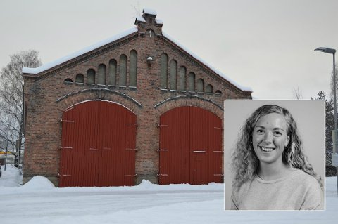 MASTEROPPGAVE: Ane Janzy Yde Aasen har skrevet masteroppgave om lokstallens framtid. Hun mener den bør bli en del av et nytt sentrumsområde.