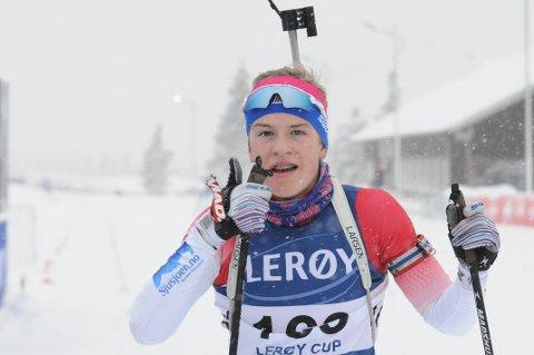 KM-GULL: Tobias Alm fra Østre Toten Skilag vant 19-årsklassen i Vingrom-rennet.