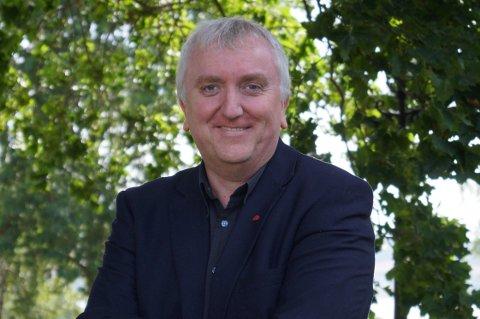 NETTHETS: Bjørn Jarle Røberg-Larsen er en lokalpolitiker som har opplevd både fremmede på døra og skumle brev i posten.