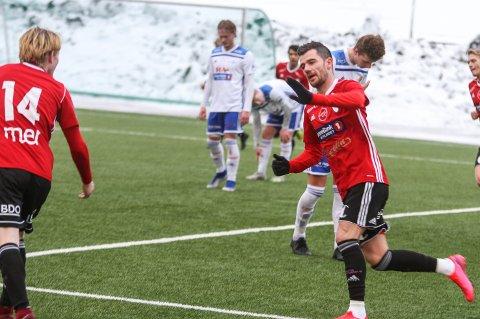 SCORET: Rocky Lekaj scoret Gjøvik-Lyns mål da de spilte mot Brumunddal.