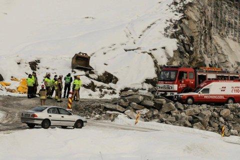 OMKOM: Det var under arbeidet med tunnelåpningen på nye E16 ved Bagnskleiva at en maskinfører omkom. Fire år etter kommer saken opp for retten. Arkivbilde