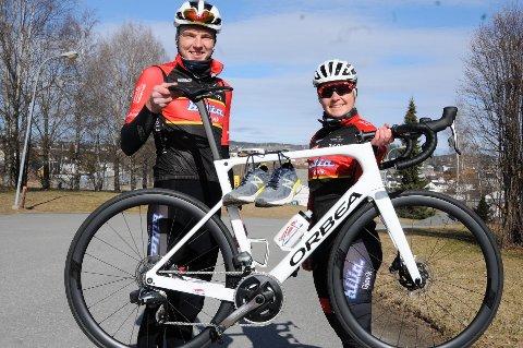 Søsknene Martin og Karoline Røste Omdahl har testet både sykkeltraseen og 5-kilometeren, der OA nå inviterer til konkurranser hvor deltakerne kan måle seg mot hverandre.