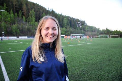 TYDELIG: Silje Bakkene har høstet mange erfaringer gjennom sine jobber i Norges fotballforbund og har ledet styret i Valdres FK gjennom et turbulent år.