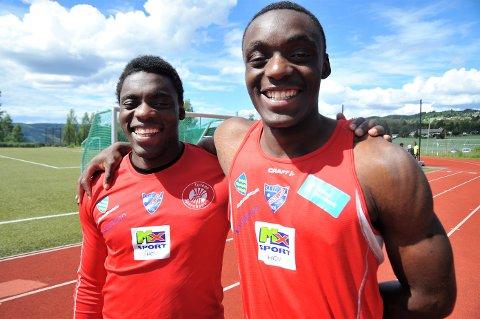 SOMMERJOBB: Caleb (t.v) og Josue Kongolo tilbyer gratis aktivitetsuker for barn i månedsiftet juli-august.