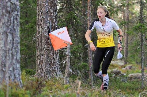 Kristine Kravdal tok KM-tittelen i D-17-18 på Sjusjøen i helga.