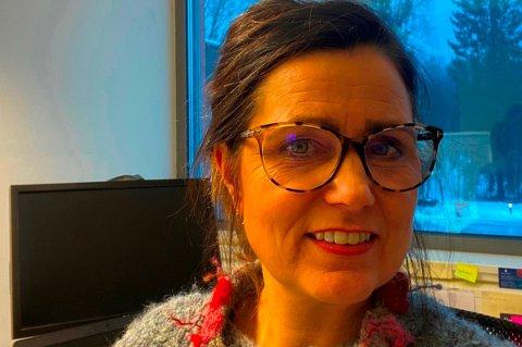 SKIFTER SKOLE: Unni Skaug (49) går fra rektorjobb ved Biri Ungdomsskole til samme stilling ved Vardal ungdomsskole.