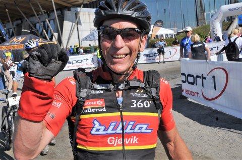 TØFF: Olav Sveum har passert 60 år, men syklet inn påp sterke 3.09, 49.