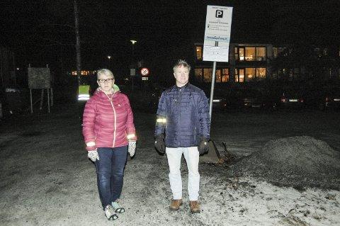 Håper å bli hørt: – Vi håper å bli hørt, sier Vigdis Nybøe og Frode Lorentzen. Kaja Vel har levert innspill til planen om å bygge en studentby med 1100 boenheter i Skogveien.foto: Solveig wessel