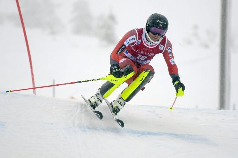 TIL SØR-KOREA: Jonathan Nordbotten har blitt tatt ut til OL. Heri aksjon under 1. omgang av verdenscupen i slalåm i Levi.