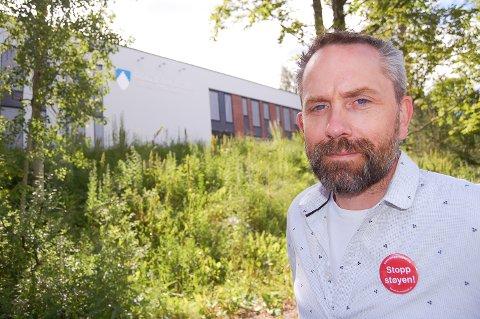 VÅKN OPP: Paal Sjøvall i Stopp støyen tror ikke folk flest på Sofiemyr har oppfattet at også de vil bli berørt av støyen fra det planlagte beredskapssenteret på Taraldrud.